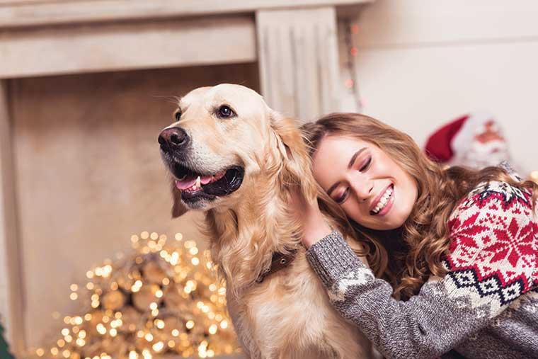 Amore-per-labrador-cane-natale-ragazza