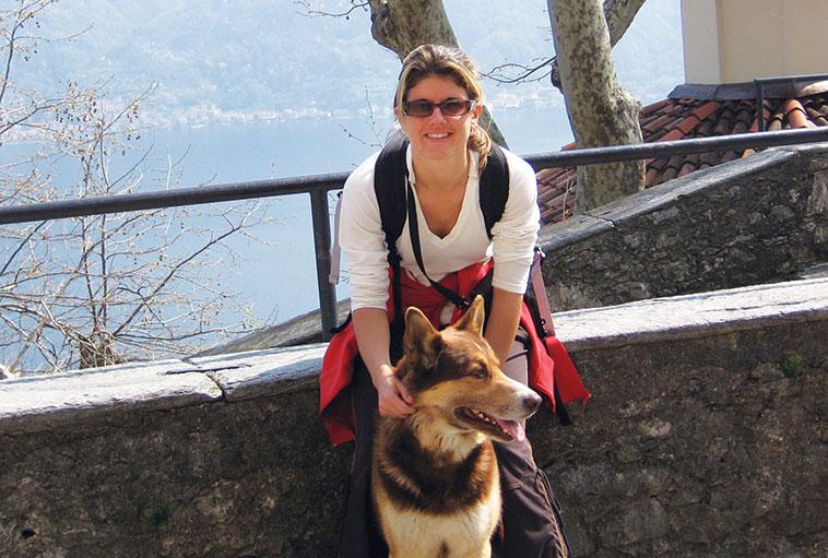Francesca di patatofriendly con il suo cane